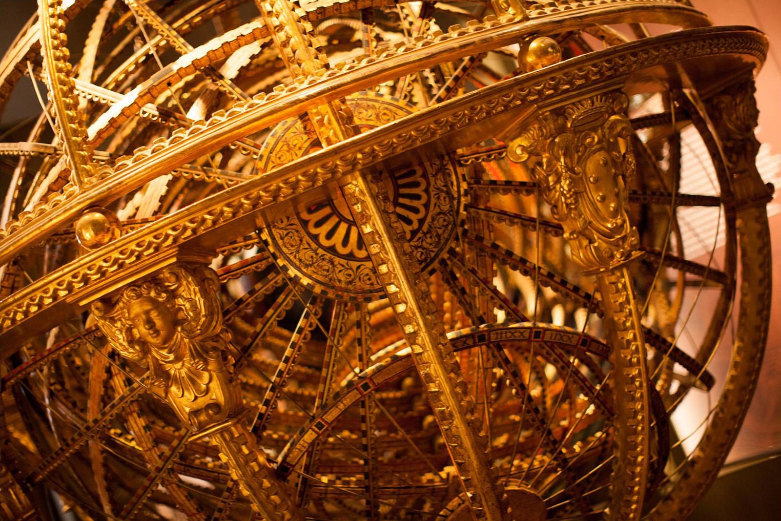 Globe at Da Vinci Museum