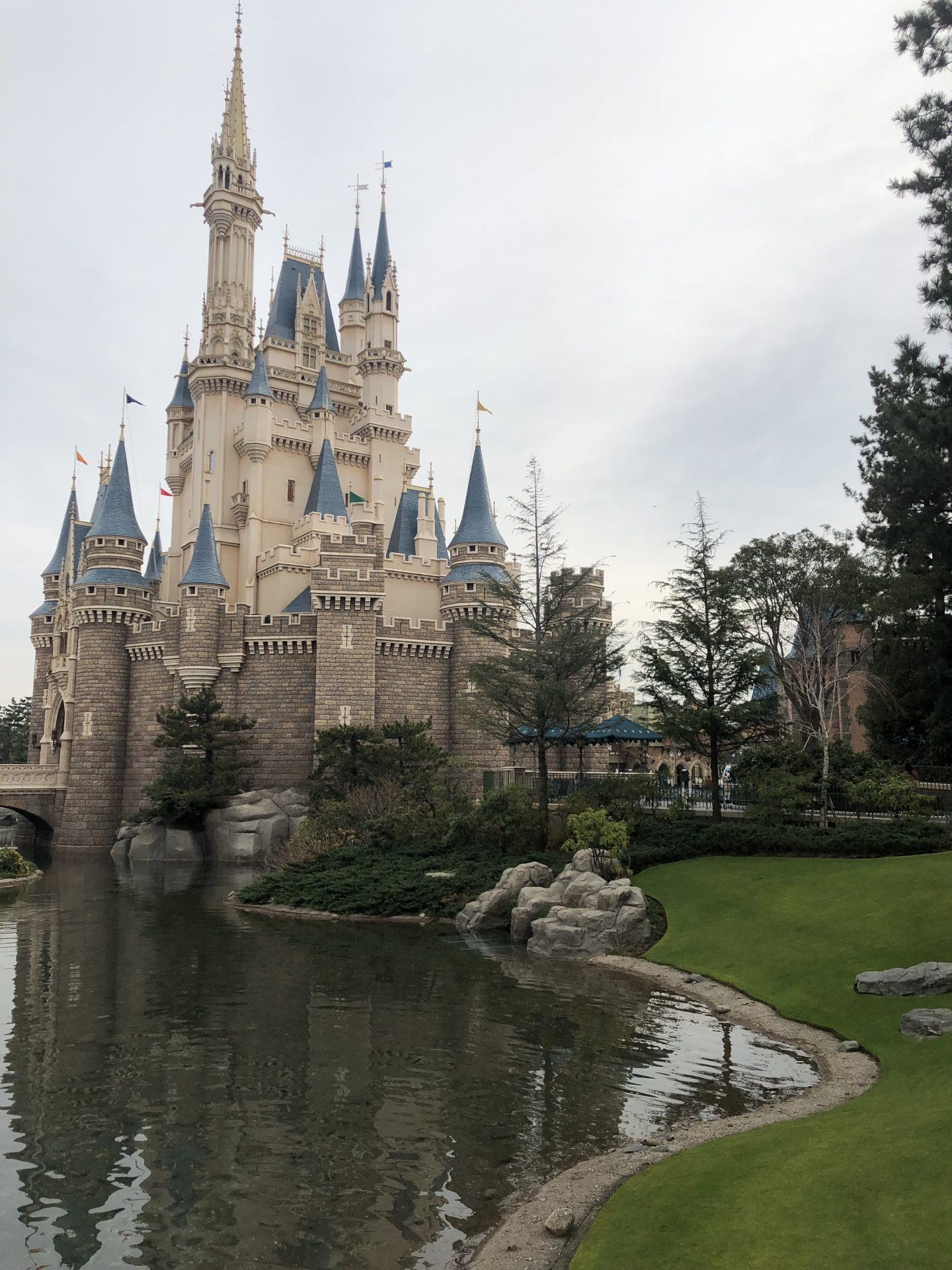 How to plan a trip to Tokyo Disney in 5 easy steps
