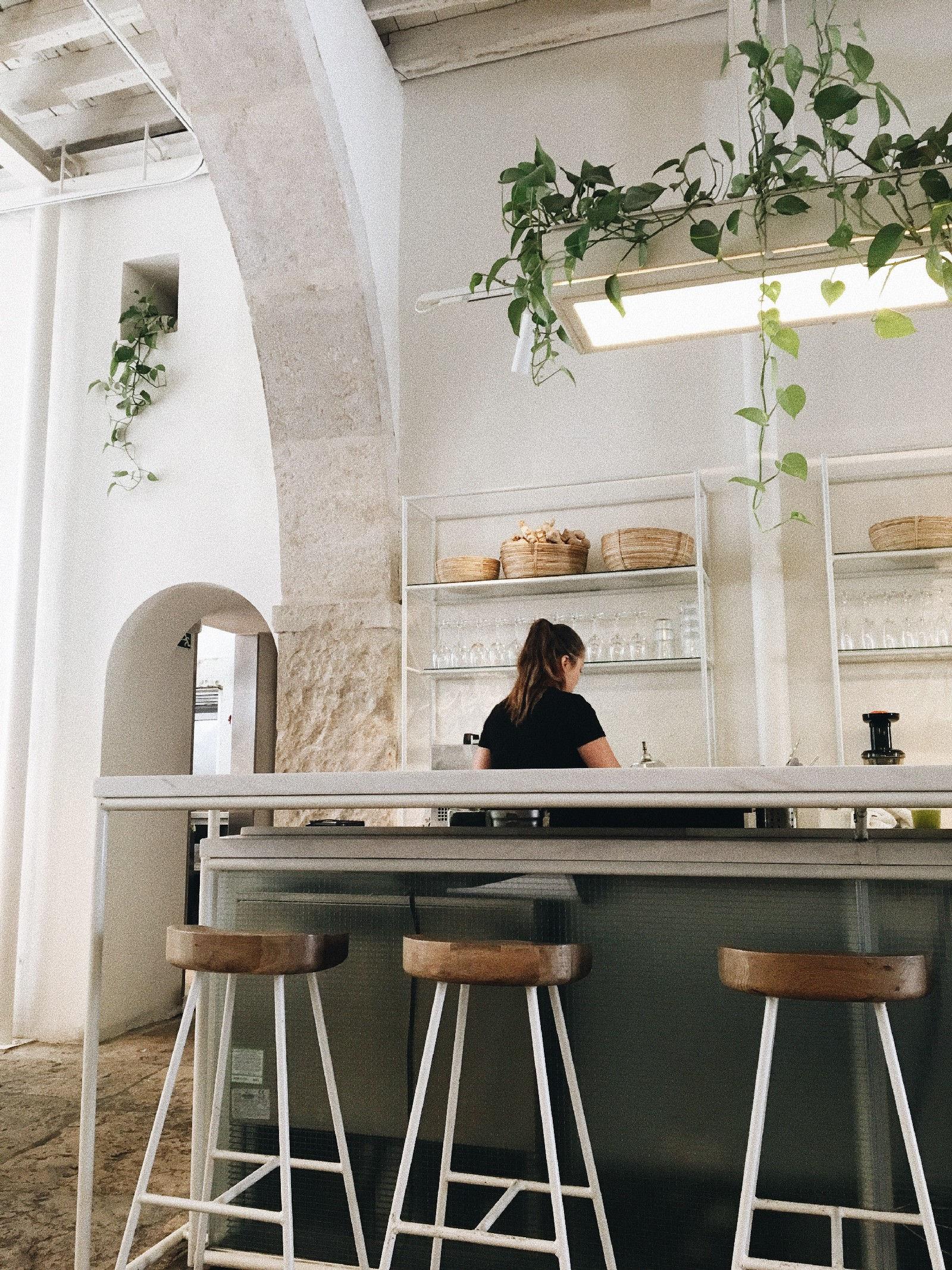 Comoba Coffee Bar Lisbon