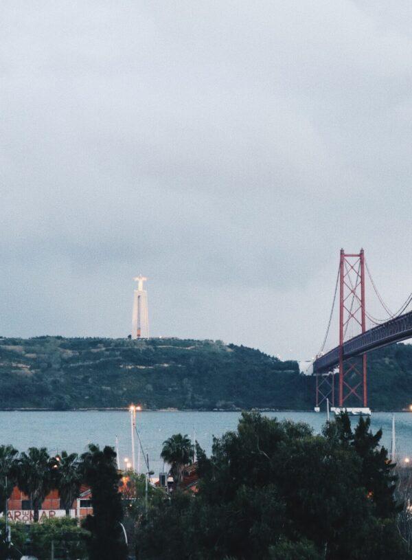 11 Best Bars in Lisbon for After-Work Drinks